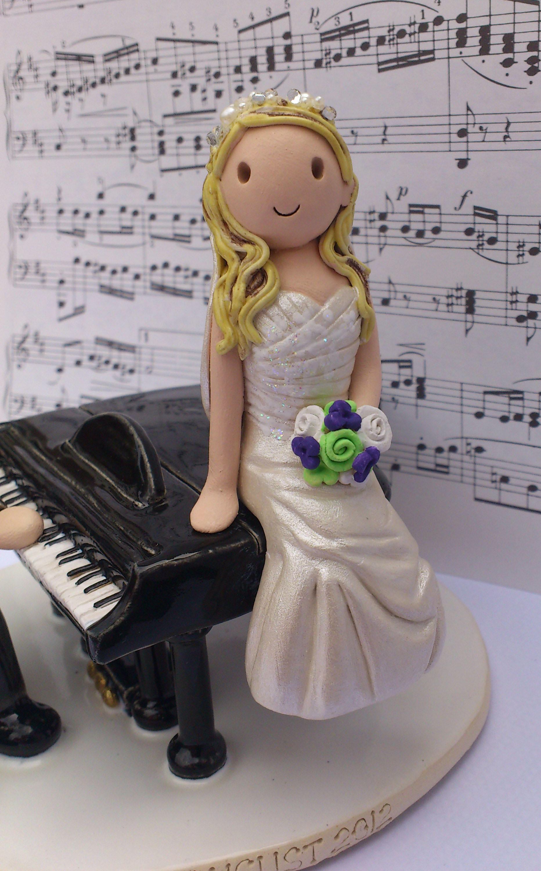 musical wedding cake toppers